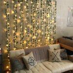 ترکیب رویایی ریسه نور و گل در دکوراسیون منزل
